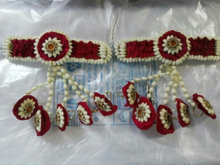 Umra Gulmahal Flower Decorations
