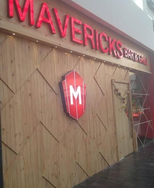 Mavericks  Bar And Restaurant