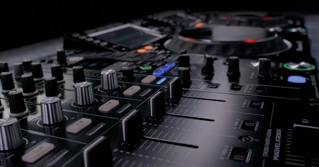 H S DJ & Sound